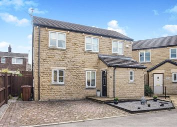 Thumbnail 3 bed detached house for sale in Kings Court, Glossop