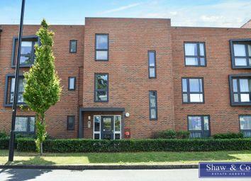 Parkway Trading Estate, Cranford Lane, Heston, Hounslow TW5. 2 bed flat