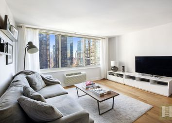 Thumbnail 1 bed apartment for sale in 333 East 45th Street 22D, New York, New York, United States Of America