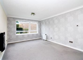 Thumbnail 1 bedroom flat to rent in Willow Grove, Chislehurst