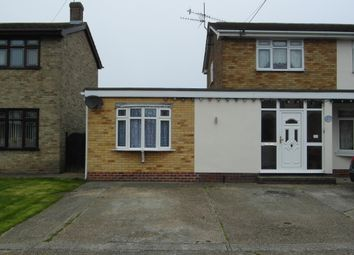 Thumbnail 1 bed bungalow to rent in Dalen Avenue, Canvey Island, Essex