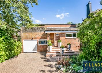 Deacons Hill Road, Elstree, Borehamwood WD6. 4 bed detached house