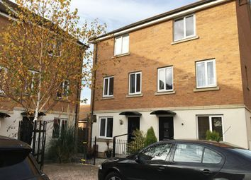 Thumbnail 4 bedroom property to rent in Farrow Avenue, Hampton Vale, Peterborough