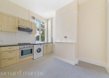 3 bed flat to rent in South Ealing Road, London W5