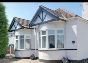 Thumbnail 4 bed bungalow to rent in Queens Road, Rayleigh