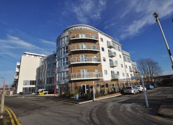 Thumbnail 1 bedroom flat for sale in Station View, Guildford