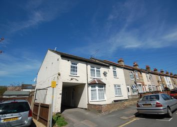 1 bed flat to rent in Holywell Road, Watford WD18