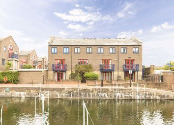 Thumbnail 3 bed property for sale in Peartree Lane, London