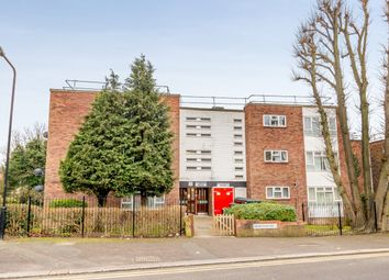 Thumbnail 4 bed flat for sale in Hempstead Road, London, London