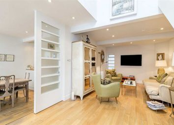 Thumbnail 4 bedroom property for sale in Eccleston Square Mews, London