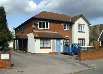 1 bed flat to rent in Field Common Lane, Walton-On-Thames, Surrey KT12