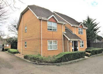 Pullmans Place, Staines-Upon-Thames TW18. 1 bed flat for sale