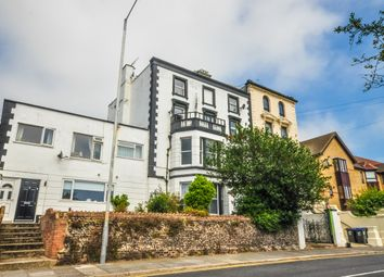 2 bed flat to rent in Victoria Road, Ramsgate CT11