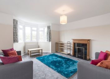 Thumbnail 3 bed flat to rent in Addiscombe Road, Croydon