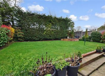 4 bed detached house for sale in Peel Place, Ilford, Essex IG5