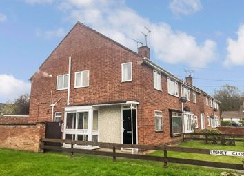 Thumbnail Maisonette to rent in Yarningale Road, Willenhall