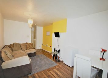 Thumbnail 1 bed flat to rent in Lincombe Drive, Leeds, West Yorkshire