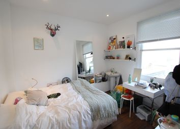 Thumbnail 5 bed flat to rent in Leighton Road, London