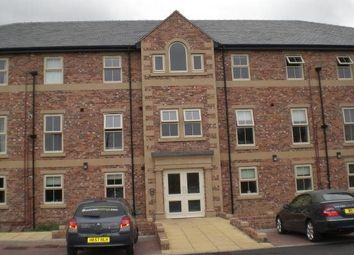 Thumbnail 1 bed flat to rent in Brook Crescent, Wakefield