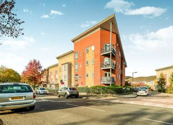 Thumbnail 2 bed flat for sale in Linden Grove, London