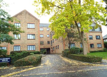 Thumbnail 1 bed flat to rent in Claremont House, Worcester Road, Sutton