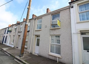 3 bed terraced house to rent in Dewsland Street, Milford Haven SA73