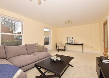 Thumbnail 3 bed town house for sale in Radnor Park Avenue, Folkestone, Kent