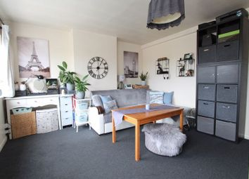Thumbnail Flat to rent in Ruislip Road, Greenford