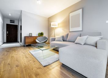 Thumbnail 1 bed flat to rent in Beehive Pl, London