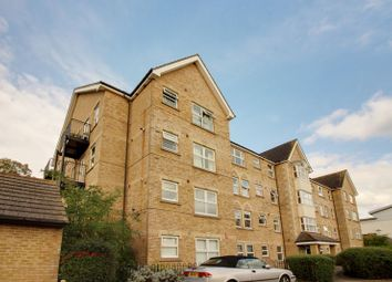 Thumbnail 2 bedroom flat for sale in Cobham Close, Enfield
