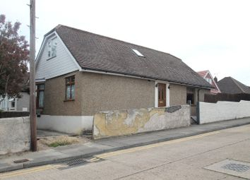 Thumbnail 4 bed property for sale in First Avenue, Northfleet, Kent