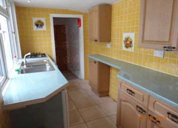 Thumbnail 1 bed flat to rent in Goodchild Road, Wokingham