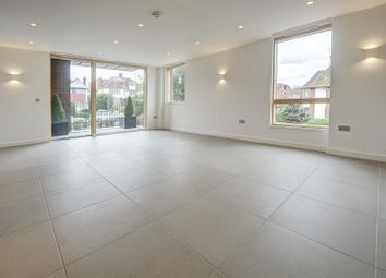 Thumbnail 3 bedroom flat to rent in Finchley Road, Golders Green