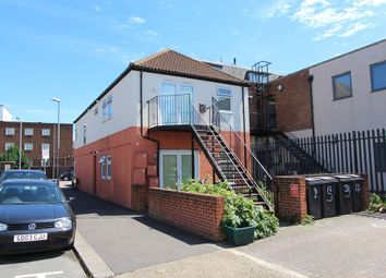 Thumbnail 1 bed flat to rent in Red Lion Road, Tolworth, Surbiton