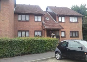 Thumbnail 2 bed flat to rent in Pedley Road, Goodmayes