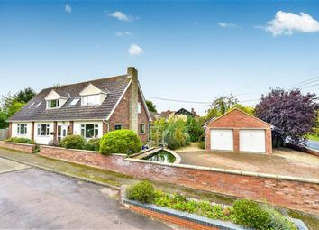 Thumbnail 5 bed detached house for sale in Willow Close, Moulsoe, Newport Pagnell