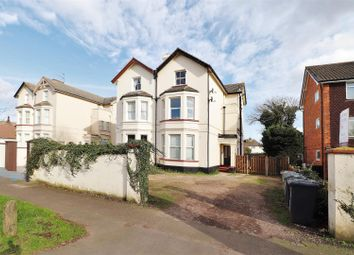 Thumbnail 1 bed flat for sale in Carlton Avenue, Greenhithe