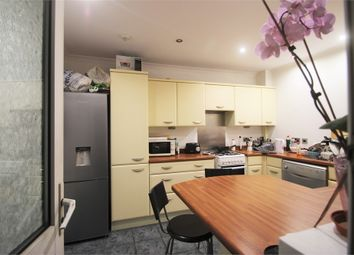 Thumbnail Room to rent in Wiggenhall Road, Watford, Hertfordshire