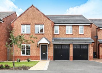 Thumbnail 5 bed detached house for sale in Brackley Crescent, Warwick