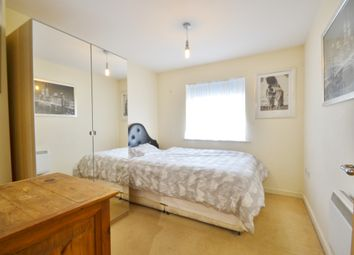 Thumbnail Room to rent in Lancaster Road, New Barnet