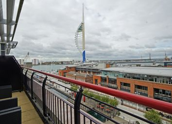 Brecon House, Gunwharf Quays, Portsmouth PO1. 3 bed flat for sale