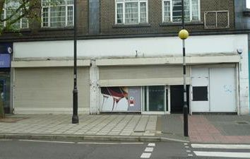 Thumbnail Retail premises to let in 206 Elm Park Avenue, Elm Park, Hornchurch, Essex