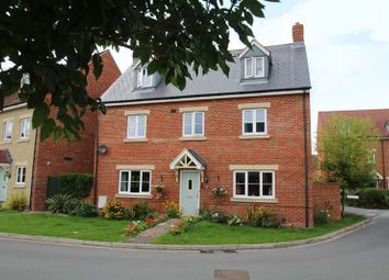 Thumbnail 5 bedroom detached house for sale in Henchard Crescent, Taw Hill, Swindon