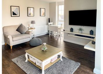 Thumbnail 2 bed flat for sale in Lambourne Chase, Chelmsford