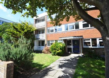 Barcombe Close, Eastbourne BN20. 1 bed flat