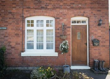 Thumbnail 2 bed cottage for sale in Old Warwick Road, Lapworth, Solihull