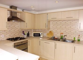 Thumbnail 2 bedroom flat to rent in Brunel Crescent, Swindon