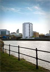 Thumbnail 1 bed flat for sale in 7th Floor, Leven Wharf, Canary Wharf
