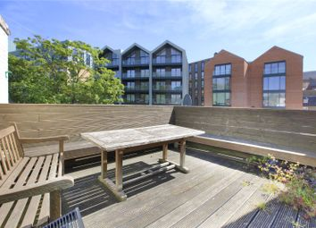 Thumbnail 2 bed flat to rent in Wandsworth High Street, Wandsworth, London