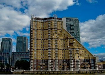 Thumbnail 2 bed flat to rent in Cascades Tower, Westferry Road, Docklands